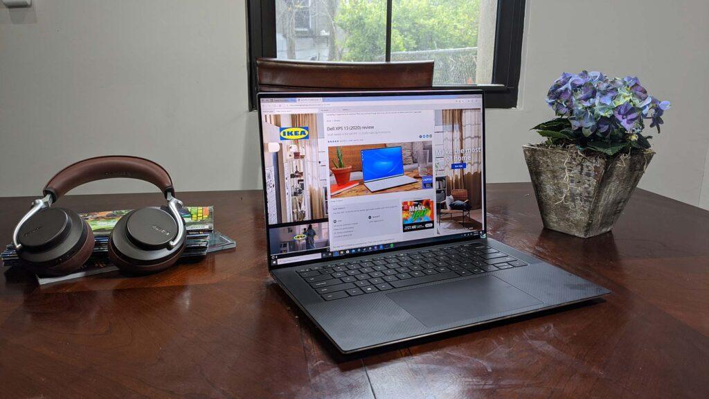 Best Laptop for Big Fingers