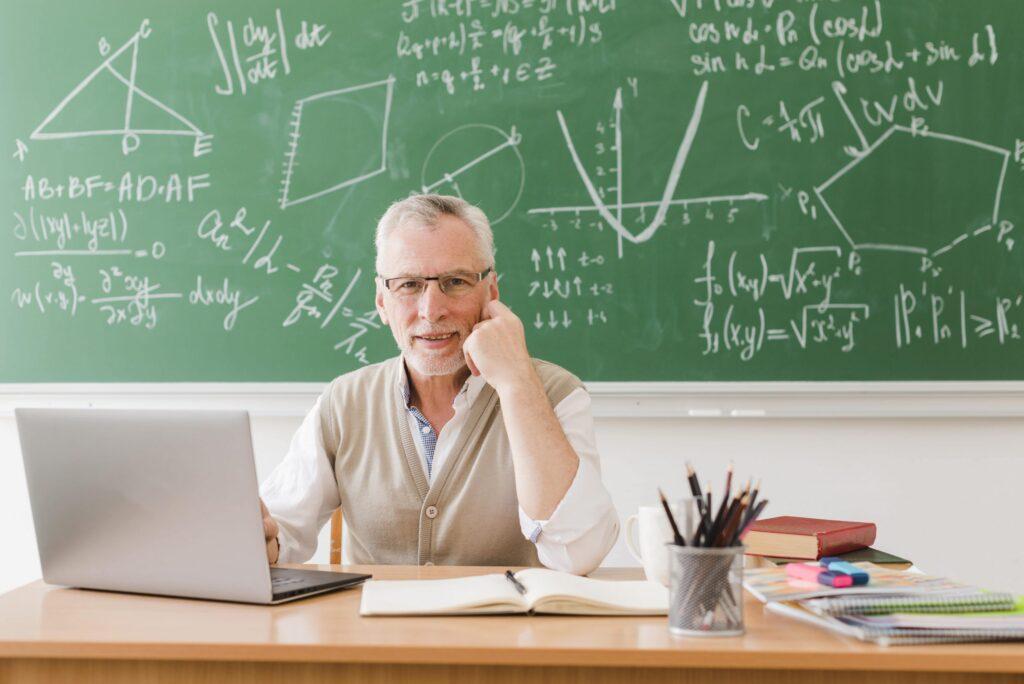 Best Laptop for Teaching School Online