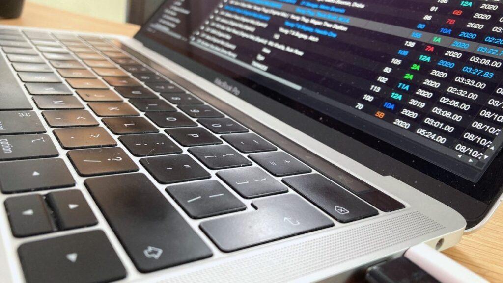 Best Laptop for Djs Serato