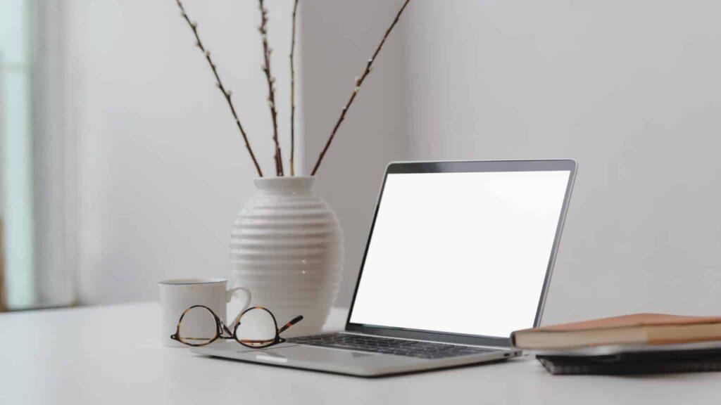 Best Laptops for Under $600
