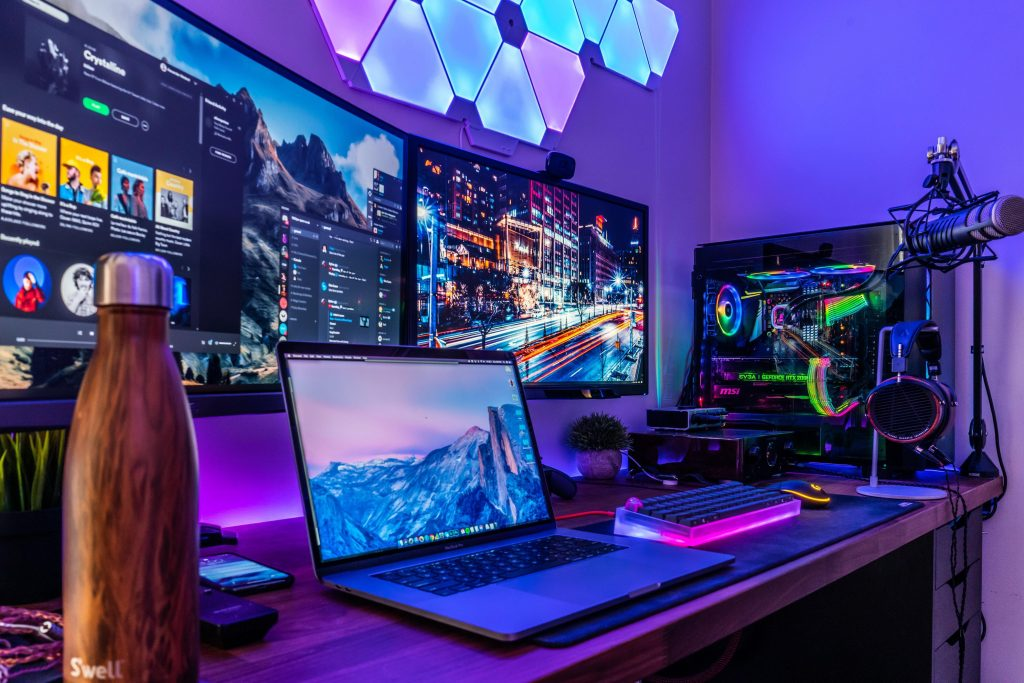 Best Laptop for Teenage Gamer Cheap