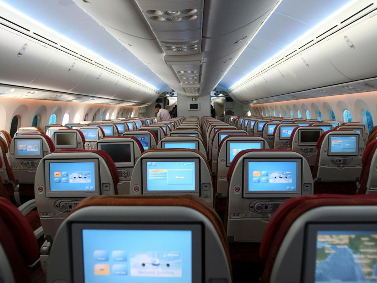 Best Laptop for Airplane Seat Recline
